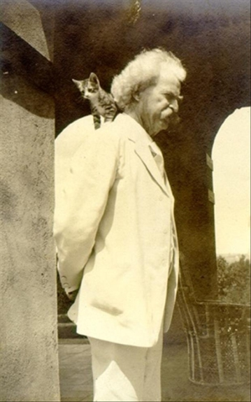 Mark Twain and his cat